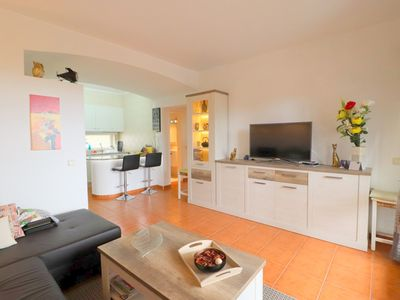 Photo for Apartment in Albufeira 1 bedroom + 2 swimming pools 500m from the fishermen's beach