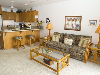 Photo for Oceanfront condo with private lanai & beach access on Kona Coast