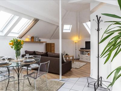 Photo for Patriotes Netherlands - Lovely, spacious 63sqm in EU district