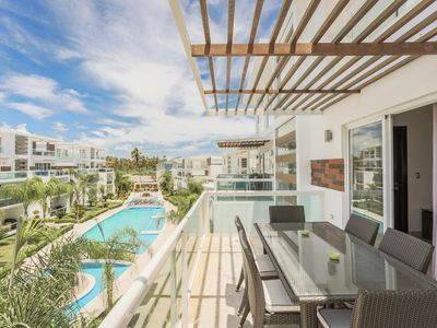 Costa Hermosa C302, +Pool, BBQ, Gym, Roof Deck, Walk to Beach!