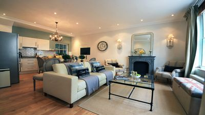 Welcoming and comfortable living room at the Middleton