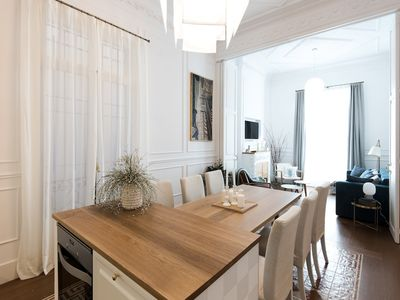 Photo for Luxury and Stylish Apartment in the Passeig de Gracia - B249