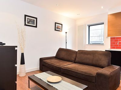 Photo for Apartment Cheshire in London City - 4 persons, 2 bedrooms