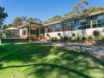 Photo for AVAILABLE LONG WEEKEND Frank's Shack ~ Dromana beach retreat