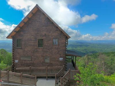 Photo for Unobstructed Panoramic View,  Central Location, Luxury Retreat, Secluded