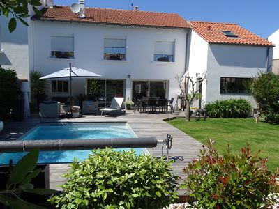 Photo for House 140 M2 with swimming pool in 5 mn of the market of La Rochelle center.