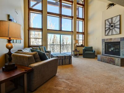 Photo for NEW LISTING! Expansive upscale alpine home w/master soaking tub, tree-line views