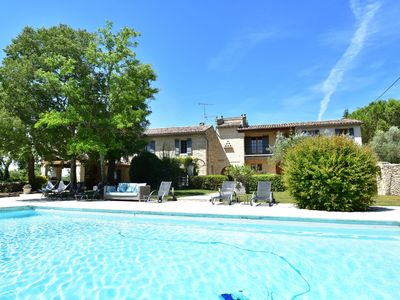 Photo for Luxurious holiday home with private swimming pool in Uzès