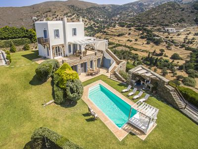 Photo for Dreamy Villa with Pool & Sea View, 4 bedrooms