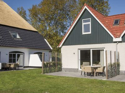 Photo for Semi-detached bungalow with generous view in De Cocksdorp on the island of Texel