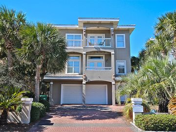 """Chateau Margo"" Destin Beach, 5BR / 4BA, Sleeps 16-20 Community Pool Spring Breakers, Welcome! Special Pricing March-May"