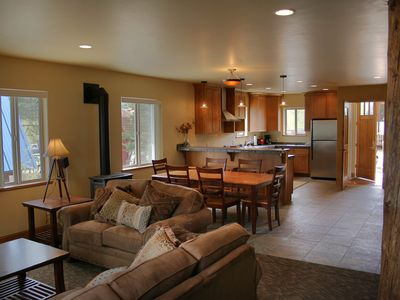 Photo for Mossy Rock Lodge 127 Three Bdrm Private home with Hot Tub by Summitcove Lodging