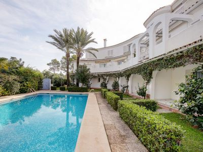 Photo for 2 bedroom Apartment, sleeps 4 in Denia with Pool and Air Con
