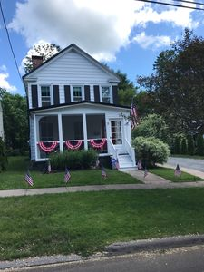 Photo for ADORABLE 2 Bedroom Cottage w/ A/C, blocks to Albany St. , Caz college and Lake!