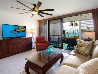 Photo for Beautiful Remodeled Ocean Front Complex 1 Bed - Ocean, Molokai & Turtle Views