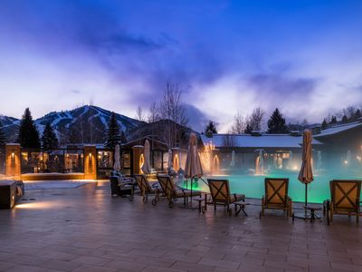 Photo for Less than a mile to skiing & golf, shared pools/hot tub!
