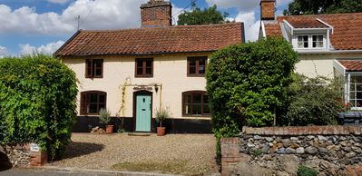 Photo for This cottage is perfect for those wanting to explore the Suffolk Coastal region.