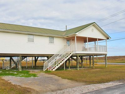 Photo for Live A Little - Cute 1 Bedroom Bungalow