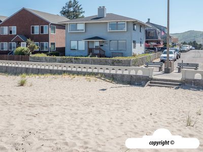 Photo for 700 North Prom North Unit Ocean Front