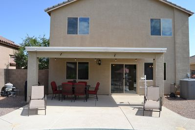Back Patio w/BBQ & Dining Table