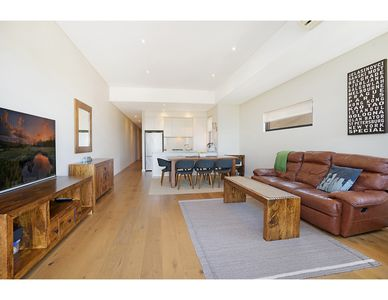 Photo for Quiet, sunny apartment close to beach and bush
