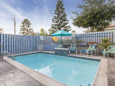 Photo for Private 4 bedroom townhome, Private Pool, 1/2 block from beach!