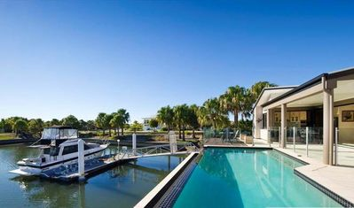 Photo for Large Canal House - Dont forget your boat, Banksia Beach