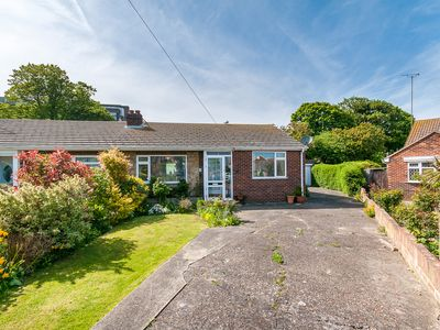 Photo for Beautiful Bungalow with Parking in Broadstairs.