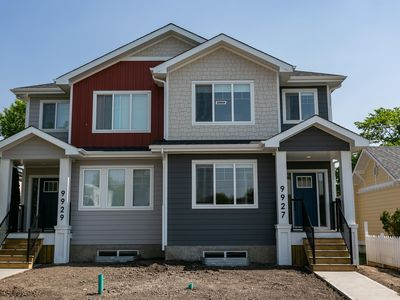 Photo for Executive Home close to WEM < down town