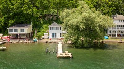 "Photo for Willow Tree Cottage:""Perfect Spot for an Affordable Lakeside Vacation"""