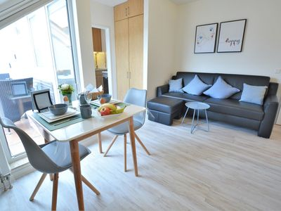 Photo for Bright and modern 1-room apartment in the spa area of Bad Kreuznach