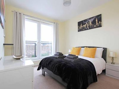 Photo for Comfortable Edinburgh Apt w/Parking and Elevator
