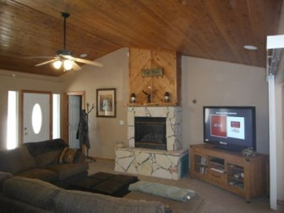 Photo for Quiet cabin in the cool pines of Heber-Overgaard in White Mountains- Sleeps 6-8