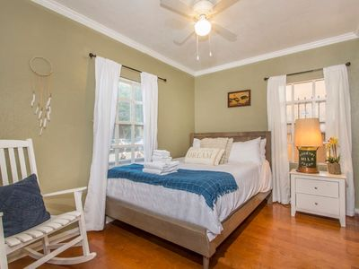Photo for 4BD Casita in Downtown. Long Beach!