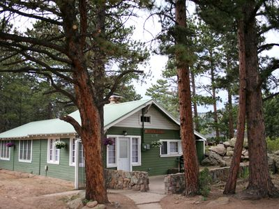Photo for Charming cabin, next to National Park