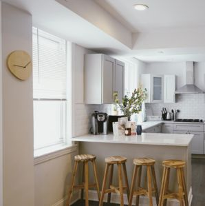Photo for 618 2R · Cozy 2bed2bath apt in queen village/old city By Ramblei