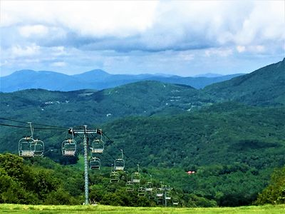Photo for CLEAN - 4900Ft Views - KING BEDS - Hike-Bike-Golf-Ski-Explore-Eat-Relax
