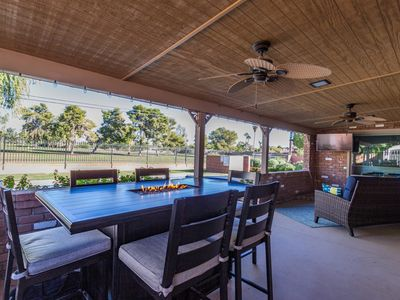 Awesome Mid-Century Ranch - Minutes from Everything!