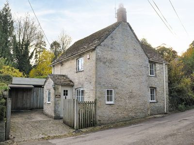 Photo for 1 bedroom property in Cirencester.