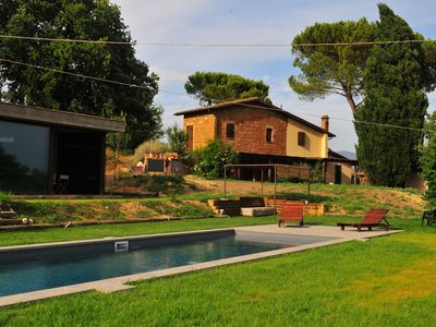 Photo for Le Cerque - ancient farmhouse with swimming pool in the Sabina hills