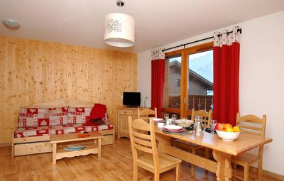 Photo for Surface area : about 23 m². Living room with 2 pull-out beds. Cabin with 2 bunk beds
