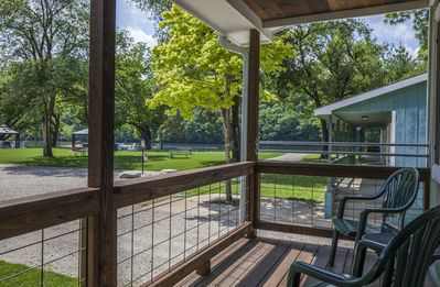 Photo for Driftwater Resort Cabin 5 on Lake Taneycomo