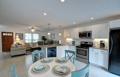 Photo for LOOK...WALK TO CHARLESTON HARBOR..BEST ! LIKE NEW COASTAL TOWNHOUSE! 3 BBDRMS