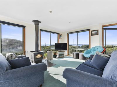 Photo for BELLBIRD - holiday house on 2 levels