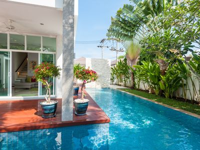 Photo for Luxurious Very Private Pool Villa