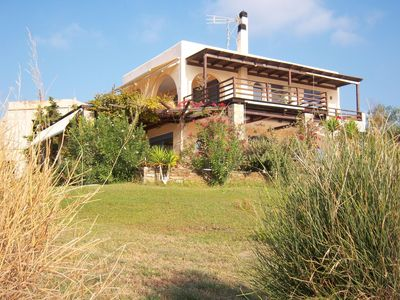 Photo for Apartment in a fantastic location directly on the sea, Wifi | Marmari, Euboea