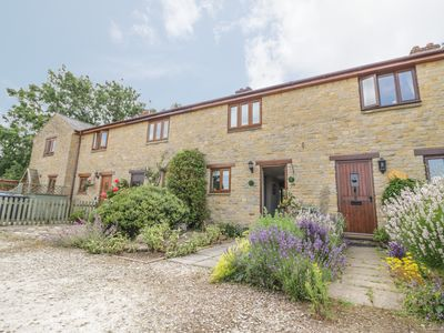 Photo for 4 Manor Farm Cottages, STRETTON-ON-FOSSE