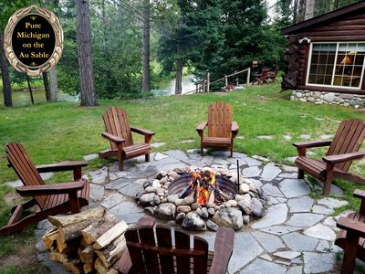 Private & Secluded!  Awesome firepit setting on the river