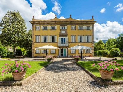 Photo for holiday vacation large luxury villa rental italy, tuscany, near lucca, pool, view, wi-fi, air conditioning, chef service