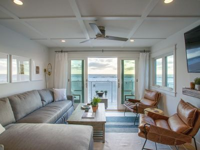 Photo for Oceanfront Penthouse overlooking the boardwalk and White Sand Beach